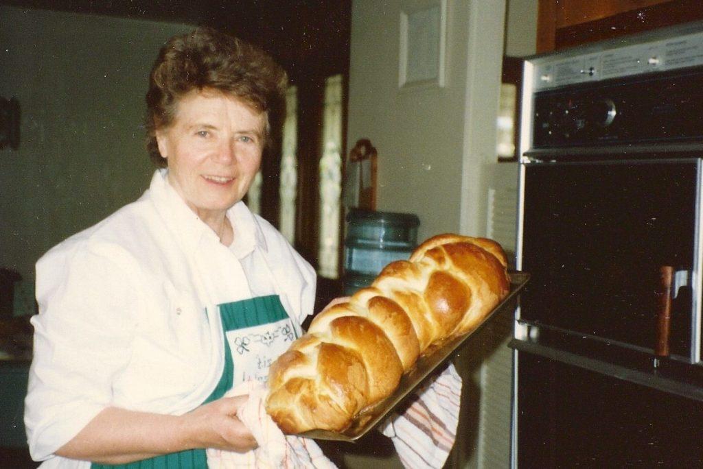 Baking-bread-e1509051874173-1024x684